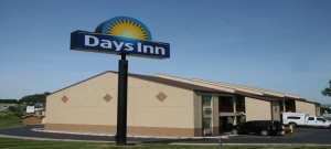 Hannibal-Days Inn May 775