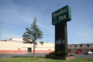 Hannibal-Hannibal Inn May 2012 289